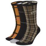 photo des chaussettes nike sb a motif ecossais
