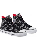 Photo des converse ctas pro hi black university red