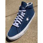 photo des converse one star mid navy white